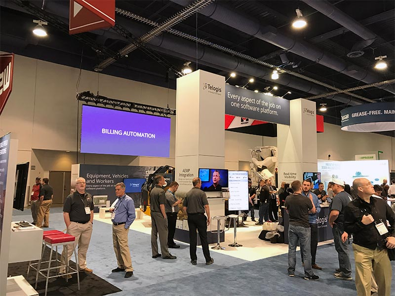 20x40 Trade Show Booth Rental Package - Telogis - Angle View - LV Exhibit Rentals in Las Vegas