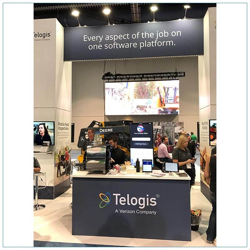 20x40 Trade Show Booth Rental Package 501 - Front Close-Up - Telogis - LV Exhibit Rentals in Las Vegas